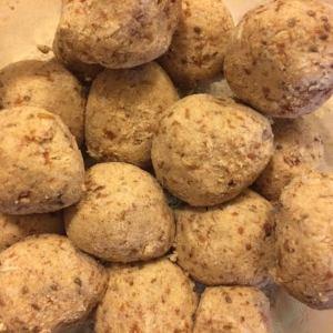 No-Bake Almond Meal Balls