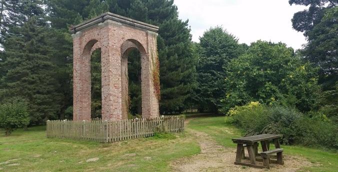 lynford-arboretum-arch